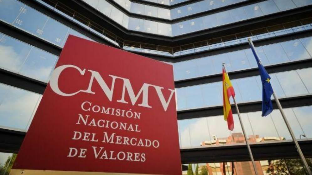 la-cnmv-impone-12-multas-a-la-banca-por-cobrar-comisiones-excesivas-en-los-fondos